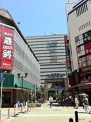 外観:福岡(天神)駅北口の通り@楽勝ラーメン・新天町・天神