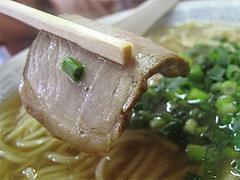 料理:醤油ラーメンのチャーシュー@中国飯店・福岡市中央区平和