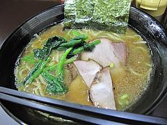 料理:豚骨醤油ラーメン580円@ラーメンさかえ・野間