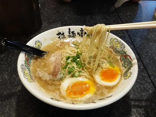 【福岡】コラーゲン感たっぷりの濃厚豚骨&つけ麺♪@博多 拉麺帝国