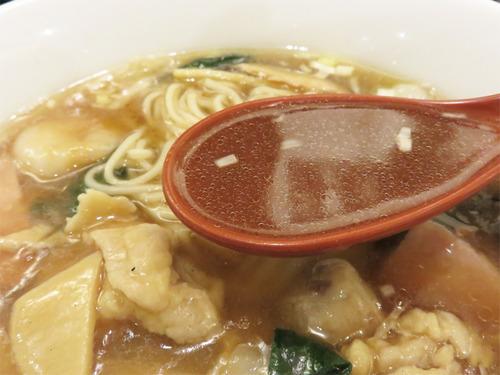 8具沢山五目スープそば汁