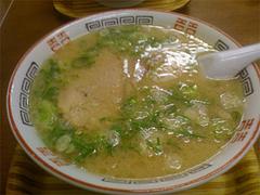 料理:ラーメン600円@ふくちゃんラーメン博多店