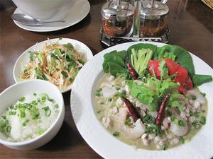5グリーンカレー冷麺880円@ラーンガンエーン