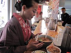 1ランチ:食べる用意!@博多担々麺まるみや・渡辺通り店・春吉