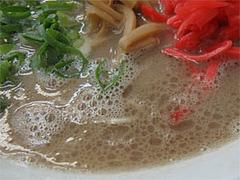 料理:ラーメンのスープ@魁龍博多本店