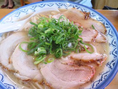 3チャーシュー麺700円