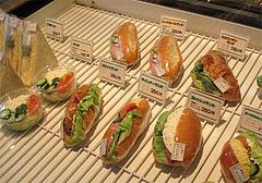 店内:サンドイッチ@ベークショップ・イワハシ・薬院店