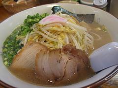 12ランチ:糸島中華そば(もやし・とき卵入り)700円@ラーメン・伊都商店