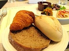 料理:パン各種@クラウンカフェ・ANAクラウンプラザ
