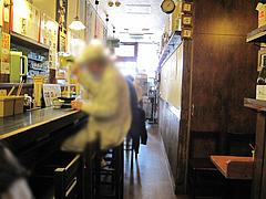 店内:カウンター15席@ラーメン壱屋・六本松