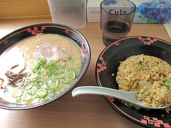 料理:半チャーハンセット700円@ラー麦や・ラーメン