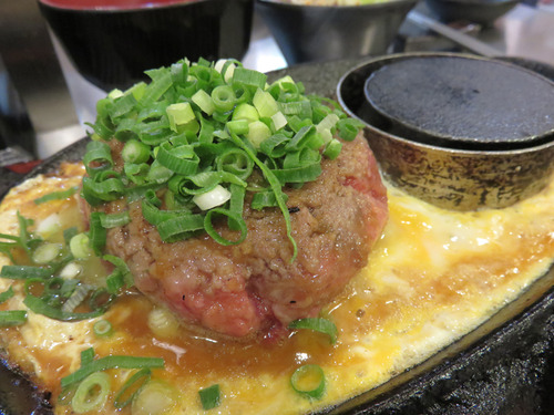 【福岡】外国人観光客が行列する肉名所♪@極味や 福岡パルコ店