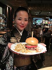1夜カフェ:グリルベーコンバーガー1,200円@Brooklyn Parlor HAKATA(ブルックリンパーラー博多)・博多リバレイン