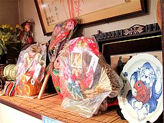 店内:七福神インテリア@中華料理・大楠飯店