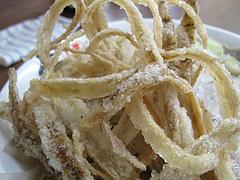 料理:ラーメンのゴボウ天@博多麺業・島系・春吉店