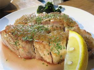 14豚のステーキ・玉ねぎペッパーソース@いわなみ