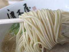 6ランチ:豚骨ラーメン麺@博多ラーメン・唐木屋・堤店