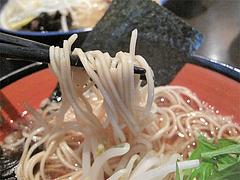 料理:醤油ラーメンの細麺@中華そば行徳家・野間