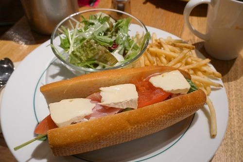 【福岡】バゲットサンドとハンバーグランチ♪@ブルックリンパーラー博多