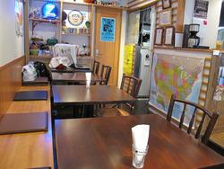 5テーブル席@ワッツカフェ