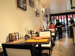 店内:テーブル席@白玉屋新三郎・桜坂店・福岡