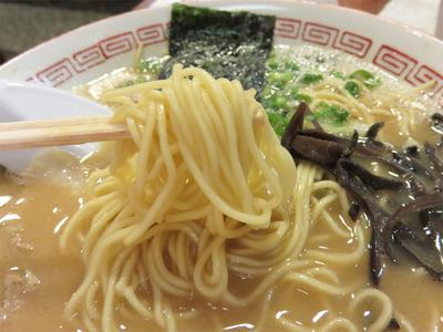 13博多こく味らーめん麺