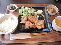 9ランチ:唐揚げプレート890円@baby's cafe(ベイビーズカフェ)・ドッグカフェ