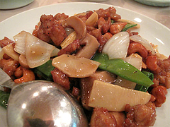 料理:鶏肉とカシューナッツの炒め650円@台湾料理・点心楼・台北・清川