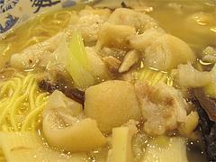 猪蹄麺(豚足麺)のトンソク@大明担担麺(だいめいたんたんめん)博多デイトス店