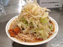 料理:らーめん600円(野菜多め)+自家製辛味醤50円@らーめん大・福岡・大橋