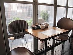2店内:窓際テーブル席@中華・星期菜・須崎・博多