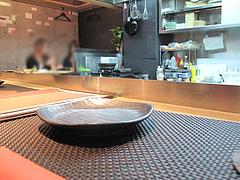 2店内:カウンター席@お好み焼きダイニング城・中洲川端