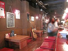 店内:カウンター@居酒屋ごっつぉ屋 マル吉(まる吉・○吉)・高砂
