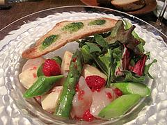 料理:帆立貝柱・アスパラガス・筍のサラダ・フランボワーズのドレッシング@ピサンリ・フレンチ・春吉