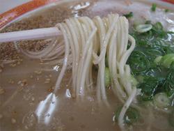 7ラーメン麺@一九・野芥