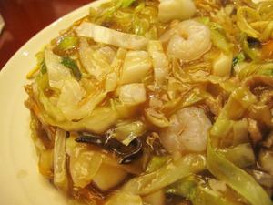 8福寿皿うどんあーん♪@福寿飯店