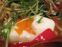 料理:渡辺通りカレー坦麺温泉玉子@博多屋・渡辺通