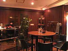 店内:テーブル席@バー倉吉(くらよし)