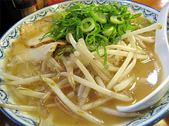料理:もやしラーメン(平麺)600円@元祖赤のれん節ちゃんラーメン野間店