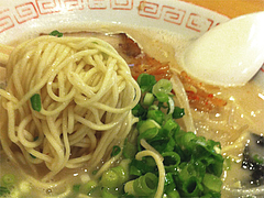 9ランチ:ラーメン麺@豚珍館