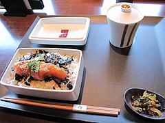 料理:めんたい重とお吸い物のセット980円@元祖博多めんたい重・西中洲