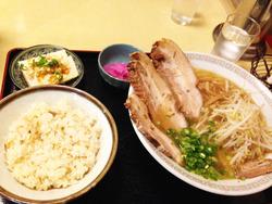 10中華そばチャーシュー定食850円@瓢華