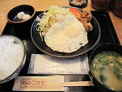7ランチ:目玉焼き定食450円@日の出食堂・博多駅前