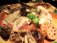 料理:アラの酒蒸しアップ1@たらふくまんま・春吉