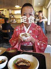 料理:天然鯛の煮付け定食食べる1@梅山鉄平食堂