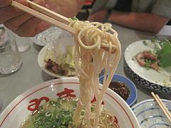 料理:ラーメン麺@長浜屋台やまちゃん福岡天神店