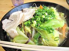 料理:らーちゃん700円@ラーメン空間・はくざん・春日