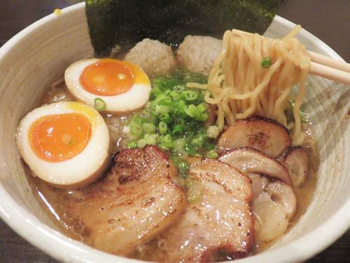 【福岡】和出汁ベースの博多一番鶏ラーメン♪@旬和食 博多水炊き いち