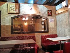 店内:レトロテーブル席@レストラン喫茶・赤坂美松