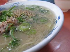 料理:ラーメン・カタのスープ@元祖長浜屋